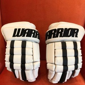 "Warrior Pro Series 12"" Jr. Hockey Gloves (New)"